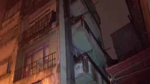6 Katlı Bina Çökme Riski Nedeniyle Boşaltıldı