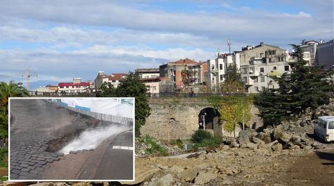 Tarihi Köprüde Yıkılma Riski