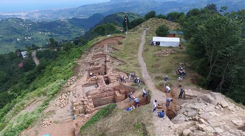 2 Bin Yıllık Kibele Heykeli'nin Bulunduğu Kaleye 1 Milyon Ziyaretçi