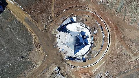 'Ay Yıldız' Mimarili Cami Açılışa Hazırlanıyor