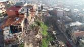 İzmir'de Kayalar Bir Mahalleyi Tehdit Ediyor