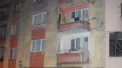 Trabzon'da 4 Katlı Riskli Bina Boşaltıldı