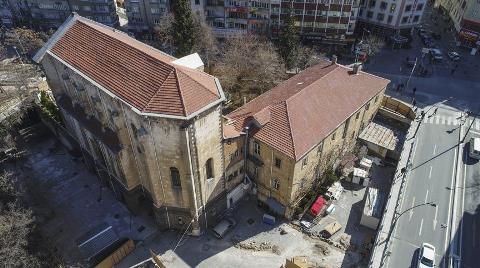 Atatürk'ün Halka Seslendiği Bina 'Arkeoloji Enstitüsü' Olacak