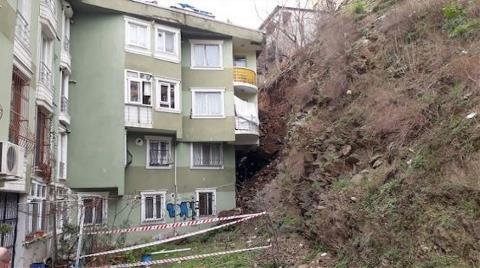 Eyüpsultan'da Toprak Kaymasında Zarar Gören Evler Boşaltıldı