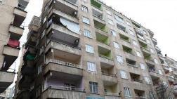 Diyarbakır'da Ağır Hasarlı 7 Katlı Bina Boşaltılıyor