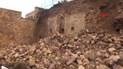 Yıkılan Duvarın Altından Tarih Çıktı