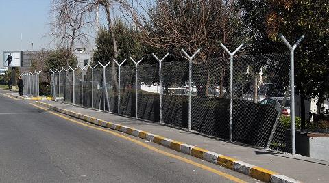 Atatürk Havalimanı'na Tel Örgü Çekiliyor