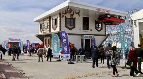 Konya'daki İki Katlı Ters Villaya Yoğun İlgi