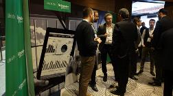 Schneider Electric Akıllı Fabrikalar ve Proses Yönetimi Konferansı'nda