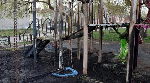 Eskişehir'de Çocuk Parkını Yaktılar