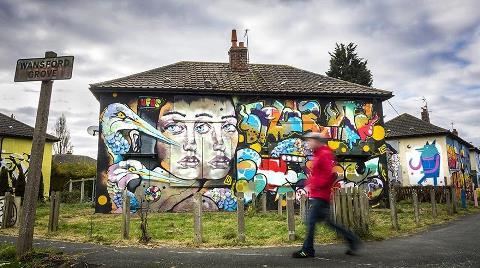 Yıkılacak Evler Kamusal Sanat Eserine Dönüştü