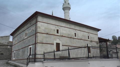 207 Yıllık Çivisiz Cami Zamana Meydan Okuyor