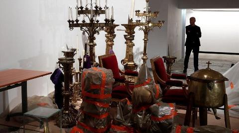 Katedralden Kurtarılan Tarihi Eserler Görüntülendi