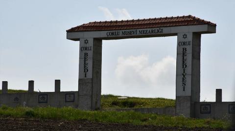 Çorlu'daki Musevi Mezarlığının Demir Kapısı Çalındı