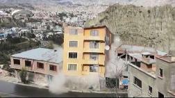 Bolivya'da Toprak Kayması: 64 Ev Yıkıldı