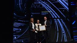 Social Media Awards'dan Yıldız Entegre'ye İki Ödül