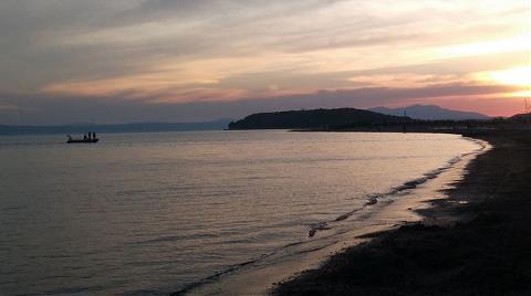 Badavut Sahiline 'Kanalizasyon Aktığı' İddiasına Soruşturma