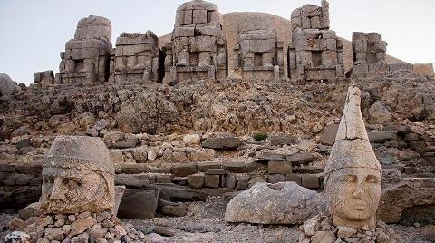 Nemrut Dağı'na Girişler Tekrar Ücretli Oldu