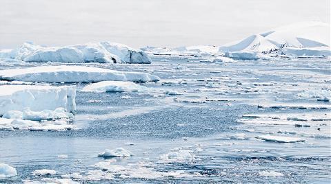 Batı Antarktika Buz Örtüsünde 122 Metre İncelme