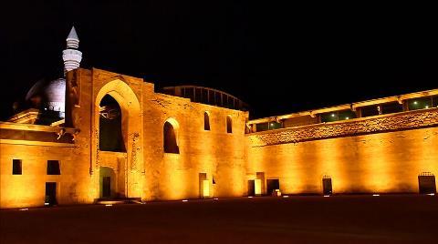 İshak Paşa Sarayı'na Led Aydınlatma