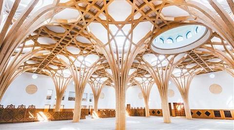 Avrupa'nın İlk Çevre Dostu Camisi