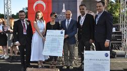 """İzmirli İçmimarlar, """"Dünya İç Mekanlar Günü""""nü Kutladı"""