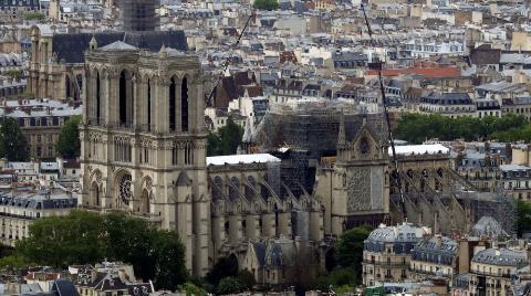 Notre Dame Aslına Uygun Restore Edilecek