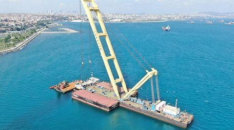 Batan 115 Metrelik Geminin Arka Bölümü Sudan Çıkarıldı