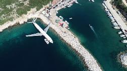 Dev Uçak Denize Batırılmaya Başlandı