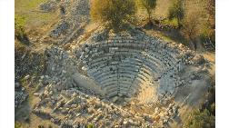 Sığacık'taki Teos Antik Kenti Bu Yıl İş Bankası Desteğiyle Kazılıyor