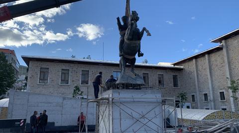 """Bayburt'taki """"Atatürk Heykeli"""" Tartışması"""