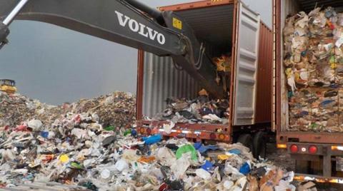 Çöpler Kanada'ya İade Edildi