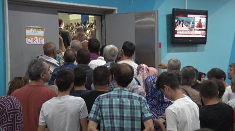 TOKİ'nin İstanbul Çekilişinde İzdiham Yaşandı