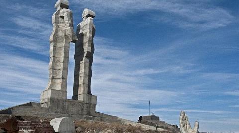 """Erdoğan'ın """"Ucube"""" Dediği Anıt İçin Karar Verildi"""