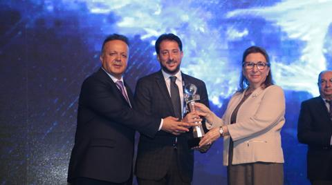 """Şişecam'a """"İhracat Şampiyonu"""" ödülü"""