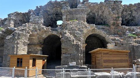 Side Antik Tiyatrosu'na Prefabrik Tuvalet