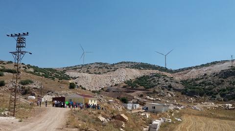 """Dinar'da Köylülerin """"Kum Ocağı"""" Tepkisi"""