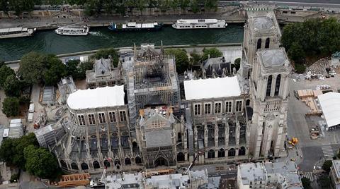 Notre-Dame Yangınında Yağan Ölümcül Kurşunla İlgili İddia