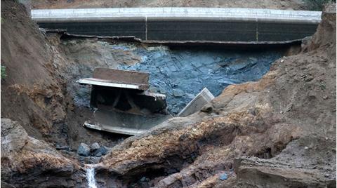 Sivas'ta HES Kanalı Patladı