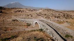 Tarihi Alaca Köprü Yıllara Meydan Okuyor