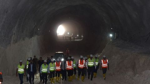 Hasankeyf Tüneli'nde Işık Göründü
