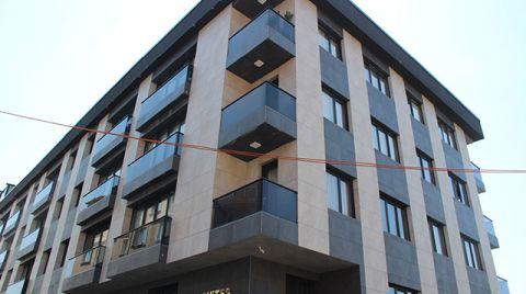 Eyüpsultan'da 4 Katlı Binada Çatlaklar Oluştu