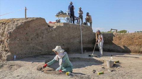 Van'da 5 Bin Yıl Öncesine Ait Yapılar Bulundu