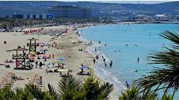 Çeşme Ilıca Plajı'na Kanalizasyon Akıyor