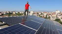 Kentsel Dönüşüm - Evinin Çatısında Ürettiği Elektriği Dağıtım Şirketlerine Satıyor
