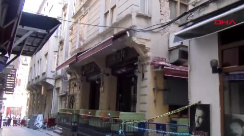 Beyoğlu'nda Binada Çökme Riski