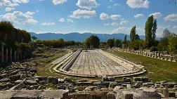 Aphrodisias'ta Kazı Çalışmaları Devam Ediyor
