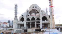 Trabzon'da Cami İnşaatının Avlu Temeli Çöktü: 2 Yaralı