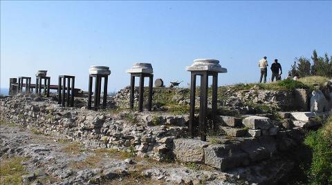 Tieion'daki Roma Tapınağı Gün Yüzüne Çıkarılıyor