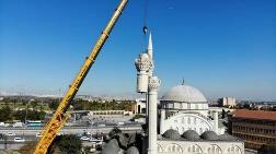 Depremde Yıkılan Minarede Malzemeden Çalmışlar
